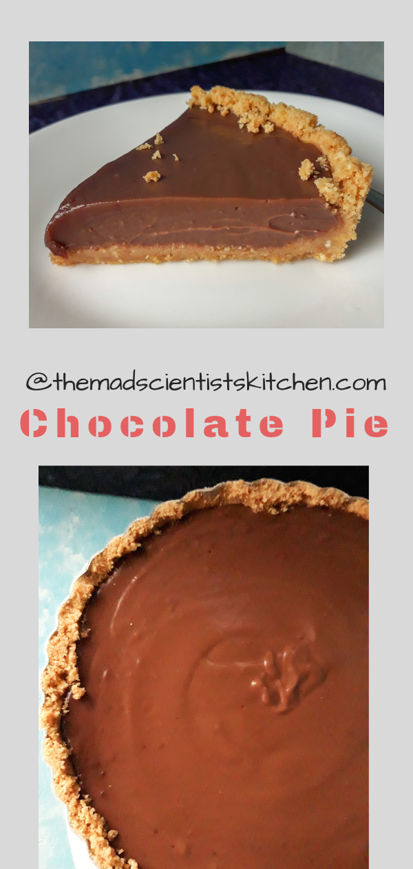 Simple Chocolate Pie no-bake with a chocolate pudding as a filling