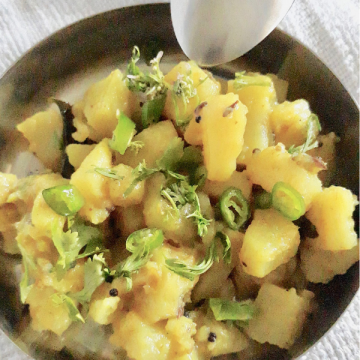 Sukhi Bhaji as it is called is a potato vegetable