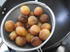 Soaked and strained Apricots
